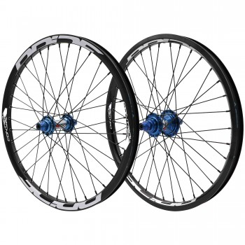 PRIDE RIVAL CONTROL PRO 36H / 36H HUB BLUE WHEELSET